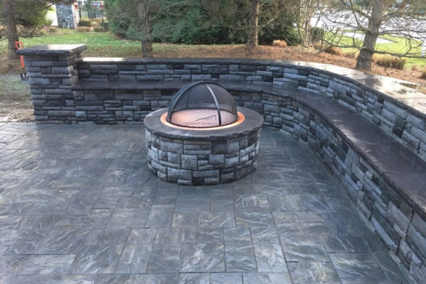 Paver Fire Pit & Sitting Wall